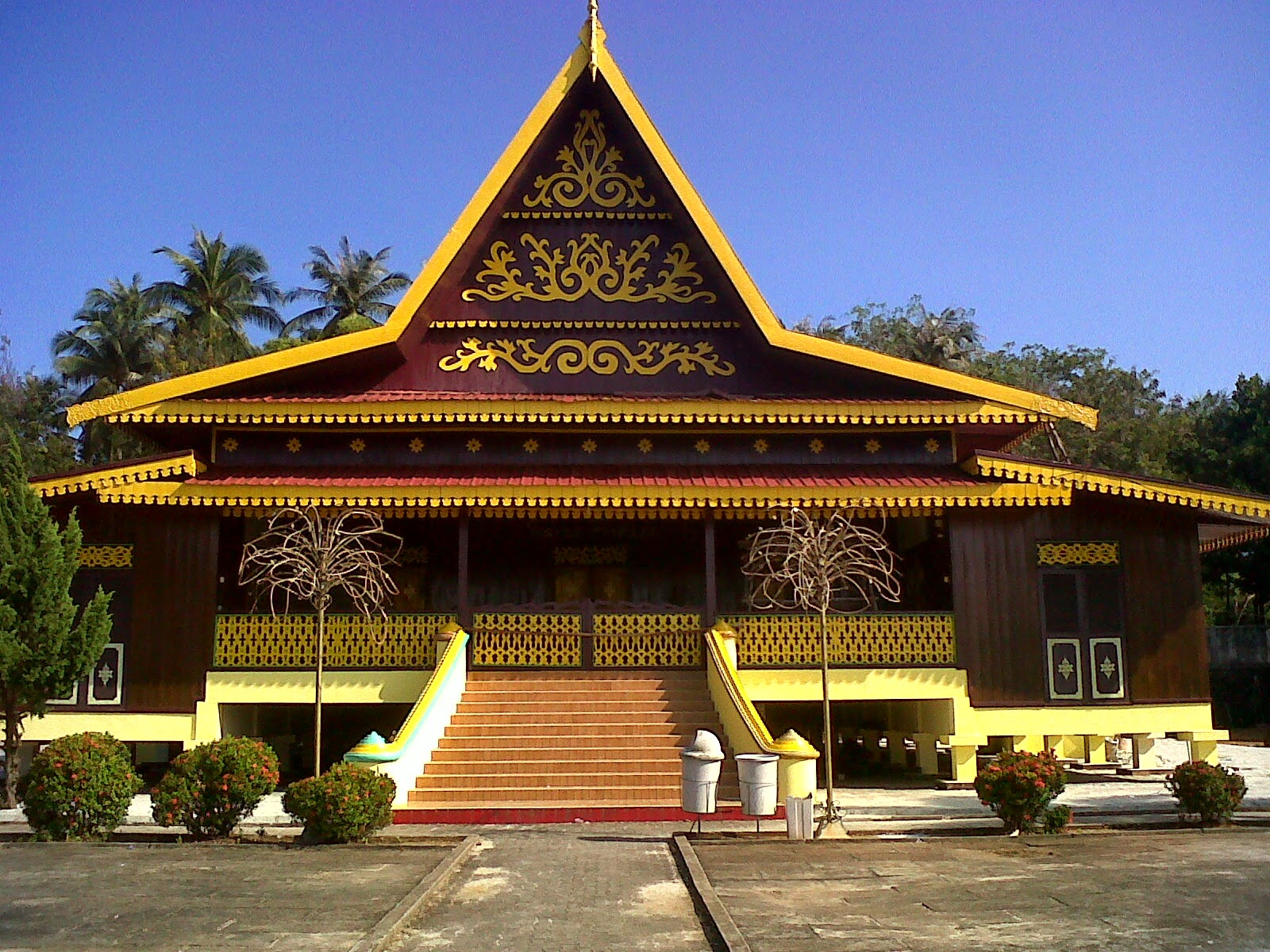Desain Rumah Adat Melayu Gambarrrrrrr Gambar Kepulauan Riau