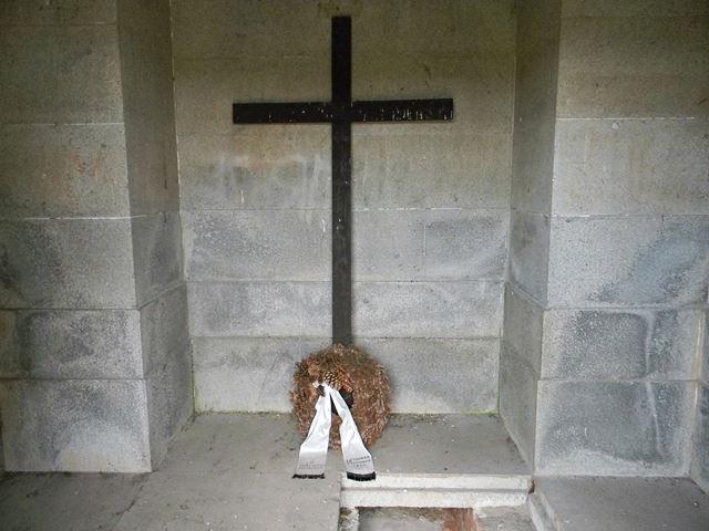 krzyż, Krobielowice, pogromca Napoleona, grobowiec