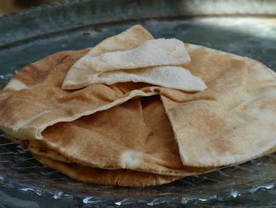 Libanesisches Brot - Aisch Shami - Dünnes Fladenbrot