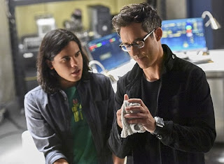 harrison wells cisco ramon vibe flash season 2 poster wallpaper image picture screensaver