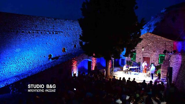 Έκλεισε τις πύλες του το 26ο Φεστιβάλ Ναυπλίου με τζαζ στο Παλαμήδι (βίντεο)