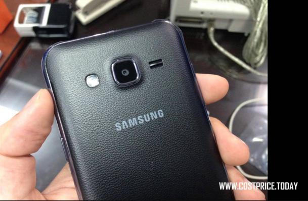 Gambar Samsung Galaxy J2 Warna Hitam