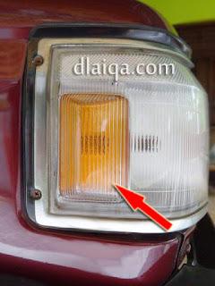 lampu sein samping