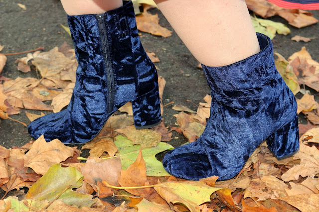Marks & Spencer Velvet Boots   Petite Silver Vixen