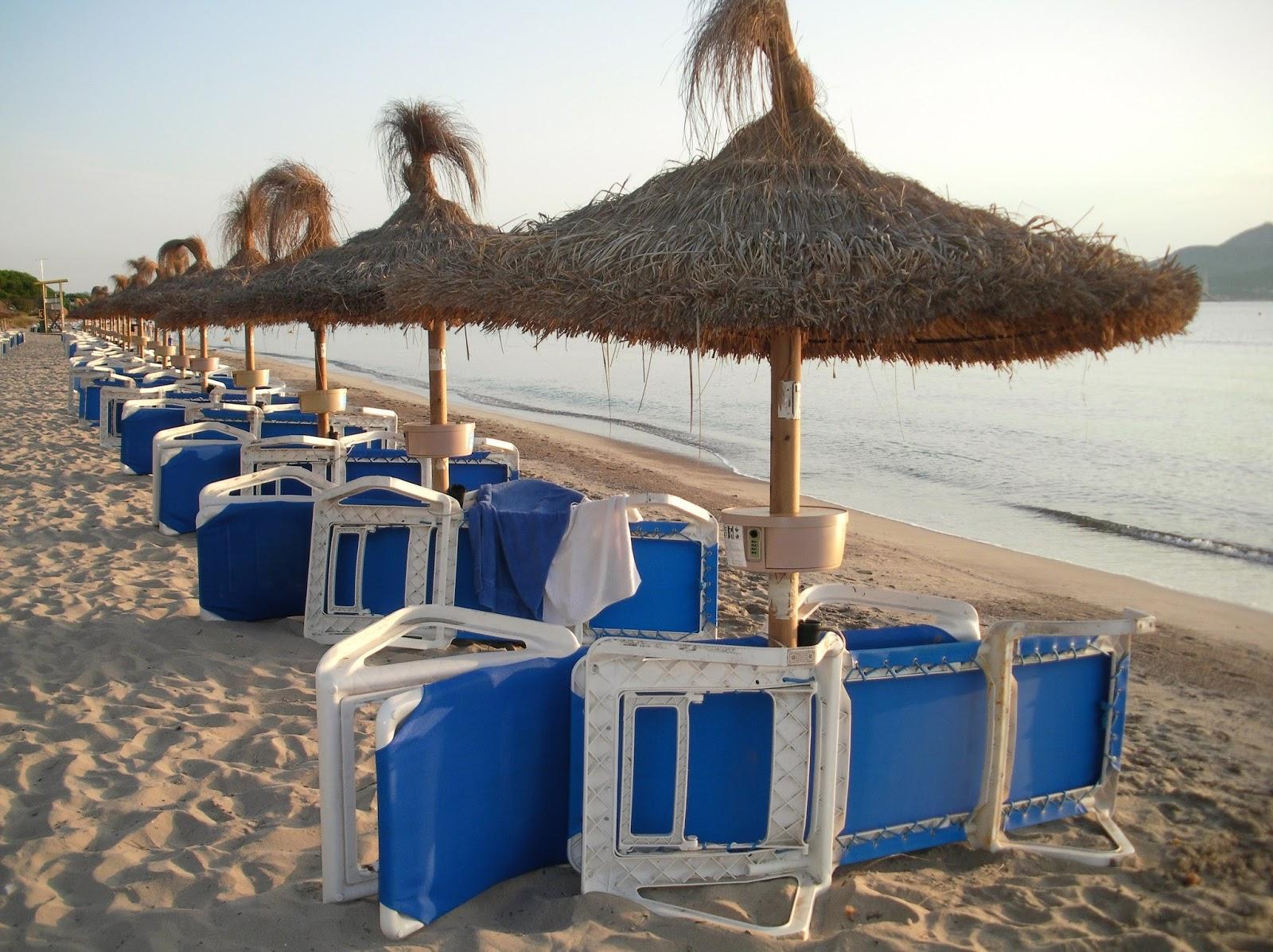 Palabras inefables sombrillas con caja fuerte - Sombrilla playa ...