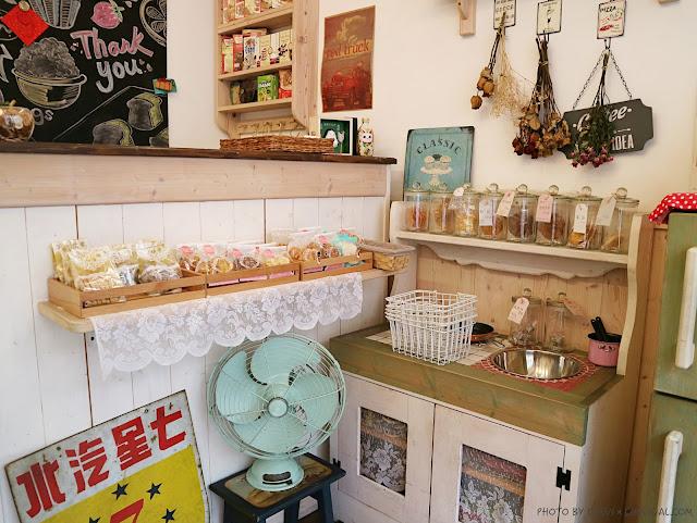 IMG 0519 - 熱血採訪│雅蜜斯牛軋堂,藏身巷弄間的甜點秘密基地,牛軋糖牛軋餅是經典招牌