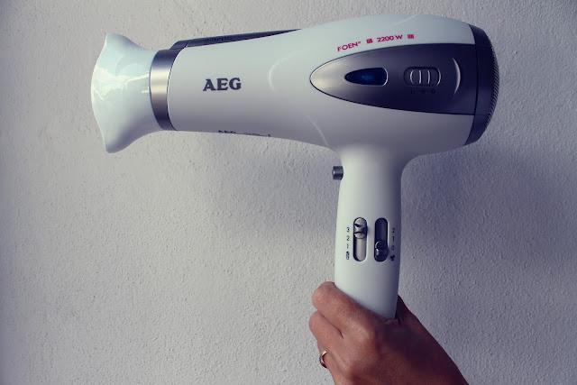 Opinión Secador profesional AEG