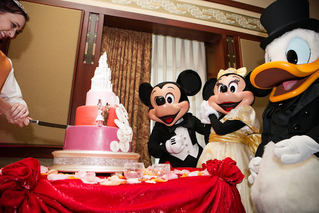 Disneyland Wedding - Cake Cutting {Root Photography}