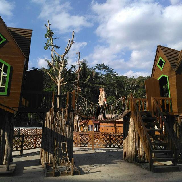 Spot Foto Wisata Karang Resik