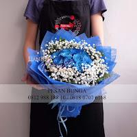 buket bunga mawar biru, blue rose, bunga mawar valentine, handbouquet mawar, buket rose, toko bunga, florist jakarta