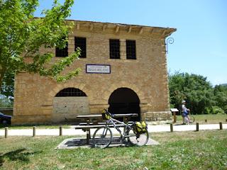 Área recreativa de la estación de Ullíbarri-Jauregi