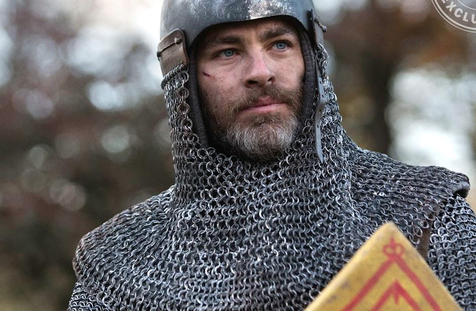 """Chris Pine como Roberto de Bruce em novas imagens de """"Outlaw King"""""""