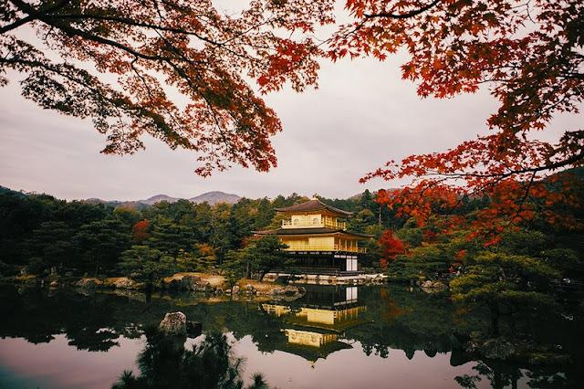 Kinkaku-ji and Ryoan-ji