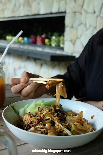menu makanan di lemongrass resto bogor