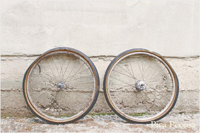 bicicleta-pintada-pintura-spray-diy-estado-inicial-ruedas
