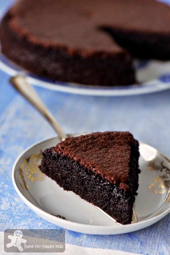 moist gluten-free dairy-free flourless chocolate almond cake