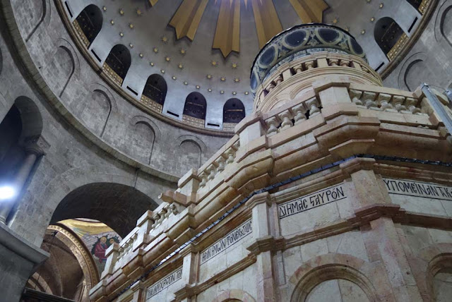 Restoration of the edicule covering the tomb of Christ now complete
