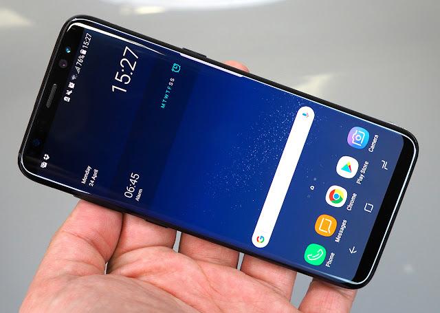 Alasan Samsung Sering Update Software