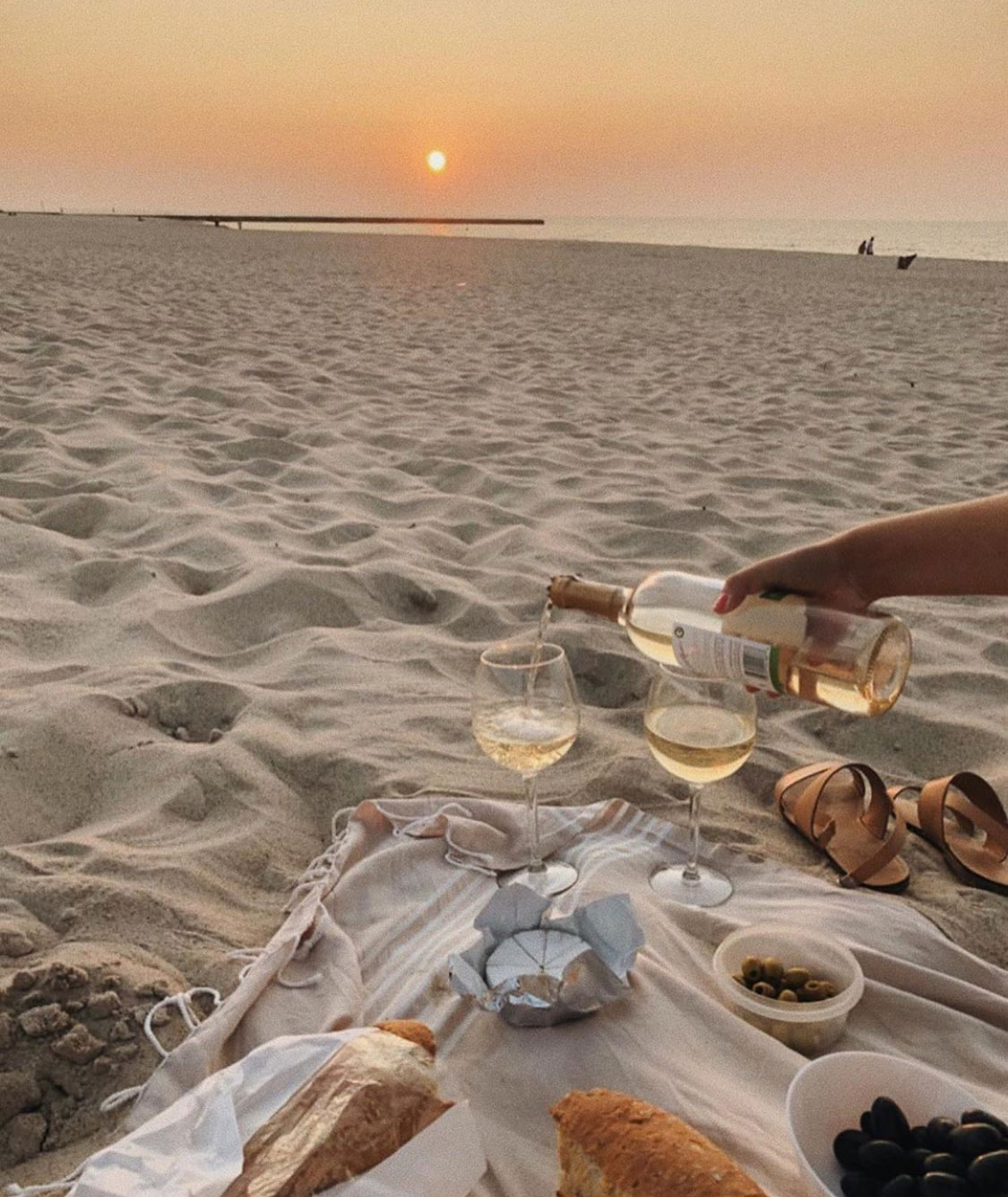 Summertime Inspiration: The Most Beautiful Picnics