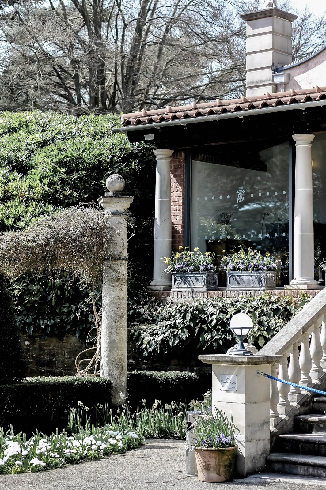 Italianate Villa Events at Compton Acres Spring Summer
