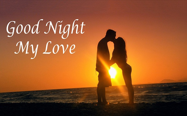 Lovers & Couples Good Night Kiss at Beach