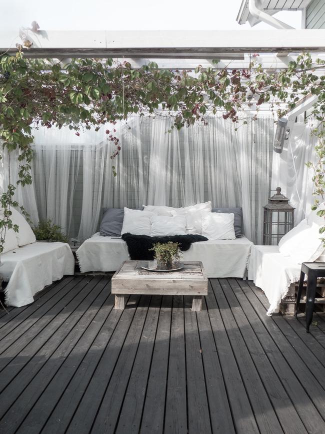musta terassi, pergola, kuormalavat, sisusta ulkona, ulkona, puutarhassa