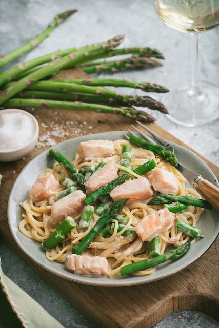 Spaghetti au saumon et aux asperges vertes
