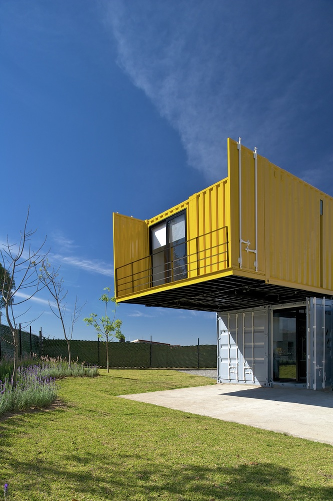 Because of the site, which is remote and spacious, for guests the  architects added one container that contains two mini studios, each of them  has full ...