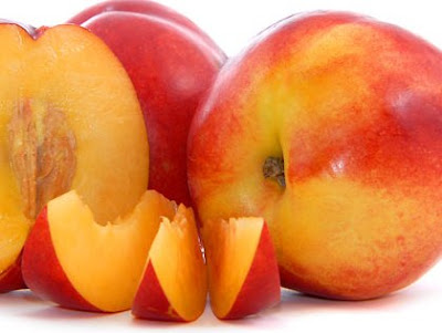 Manfaat buah Persik bagi tubuh