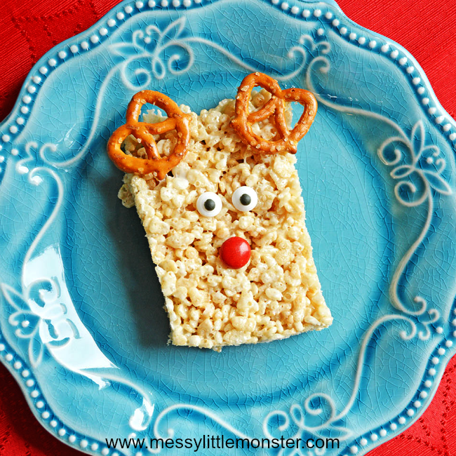 Easy Reindeer Krispies snack and Christmas cooking activity for kids - Follow the simple step by step recipe to create a tasty treat. Great for toddlers, preschoolers and older kids doing Christmas or reindeer projects. A fun idea to go with the song Rudolf the red nose reindeer.