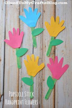 Idea to make flowers from paper handprint for kids 9