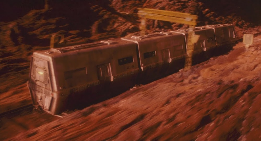 Mars train Total Recall 1990 movie image