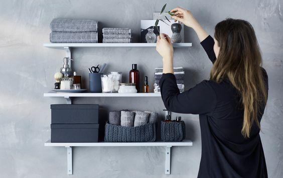 como ordenar tu baño con el método konmari de forma exitosa con Marie Kondo la magia del orden decoración baño gris