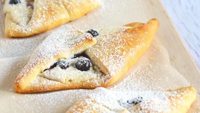 Blueberry & Honey Cream Croissants Recipes