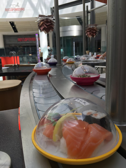Yo! Sushi conveyer belt
