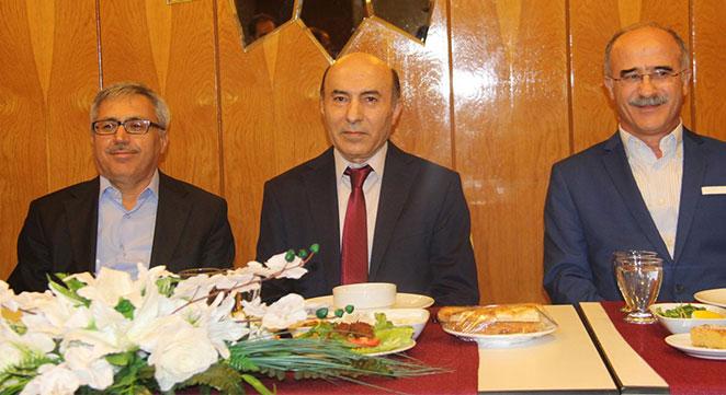 Dicle Üniversitesi Rektörü Talip Gül iftarda basınla bir araya geldi