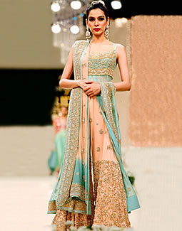 Pakistani Bridal Dresses 2014 For Walima For Nikha Red And White For