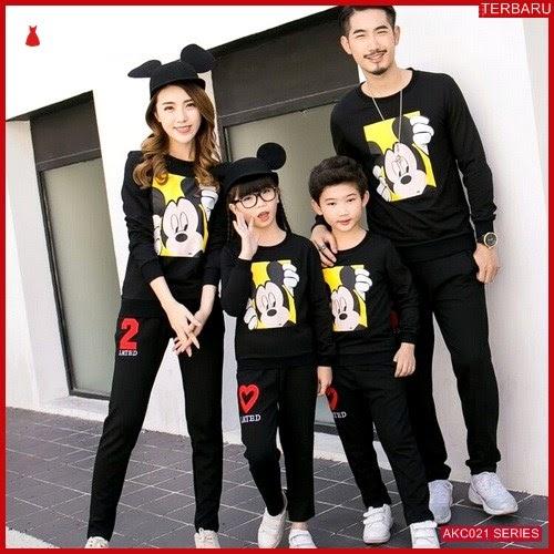 AKC021S112 Sweater Couple Mickey Anak 021S112 Keluarga Black BMGShop