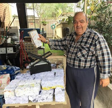 Ένας Κρητικός από την Αυστραλία μας μαθαίνει πως να ανακυκλώνουμε στο σπίτι τα χαρτιά μας
