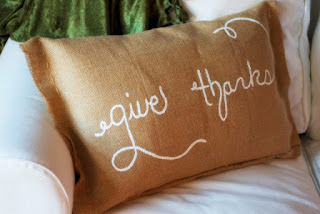 BURLAP THANKS PILLOW