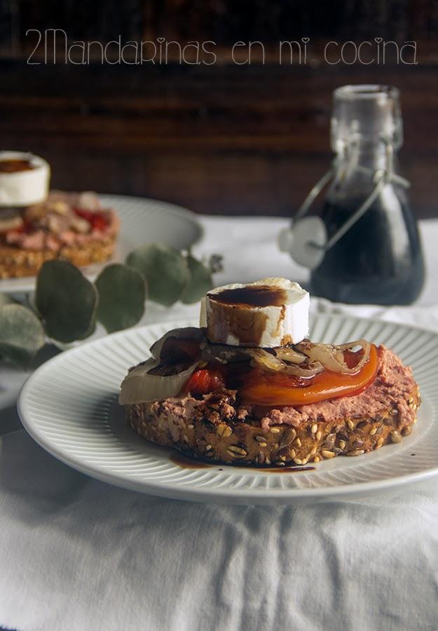 Tosta de pimientos, queso de cabra y foie de @EvaMChef_of  y sorteo del libro La cocina rica y sana de Eva