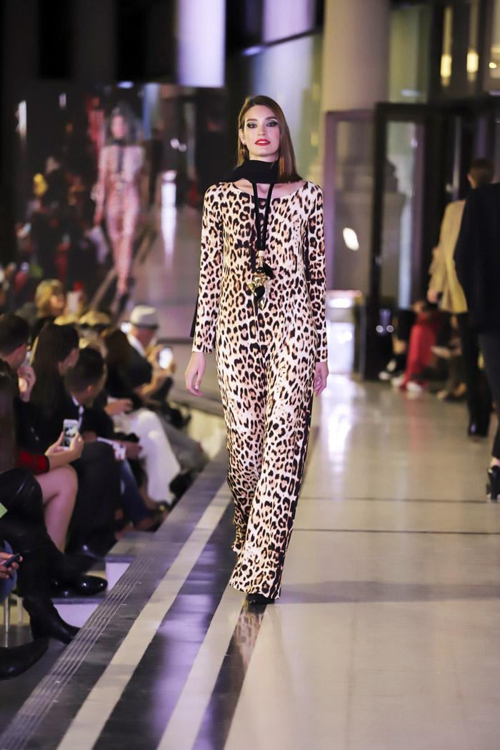 Argentina Fashion Week otoño invierno 2019 │ Desfile Adriana Costantini otoño invierno 2019. │ Moda otoño invierno 2019 en Argentina. │ Animal print moda mujer invierno 2019.
