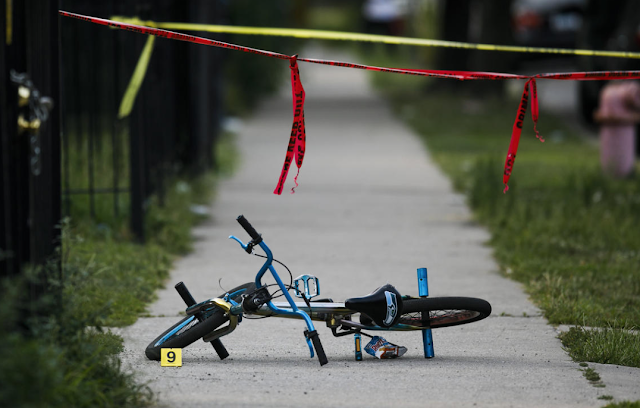 In less than 7 hours, 40 shot, 4 fatally as violence rips Chicago