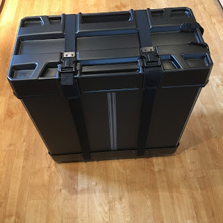 B&W Foldon folding bike box