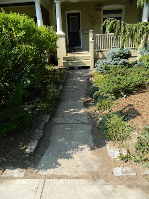 Leslieville fall clean up after by Paul Jung Gardening Services Toronto