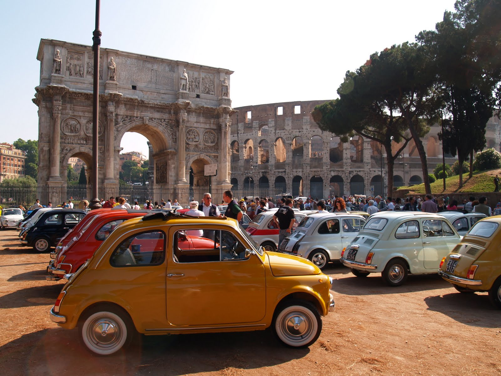 The Joyful Sun Diaries Joined The Fiat 500 Rally In Rome