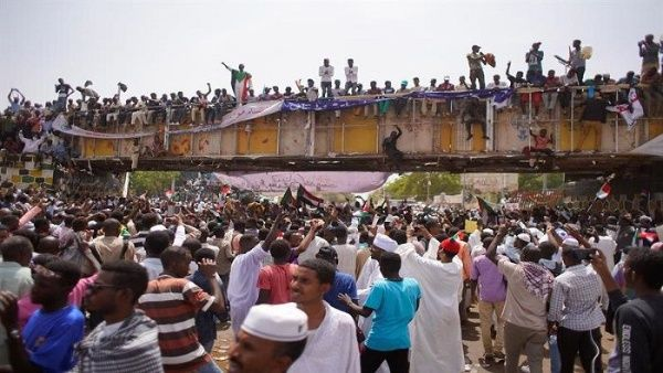 Continúan manifestaciones en Sudán en rechazo a gobierno militar