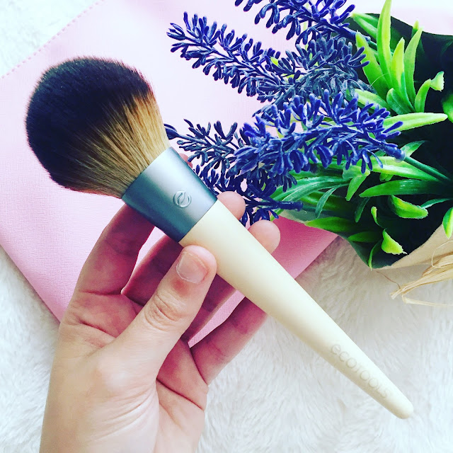 Full powder brush de ecotools
