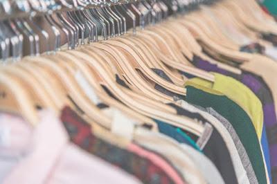 Modal Usaha Buka Toko Baju di Rumah dan Tips Usahanya