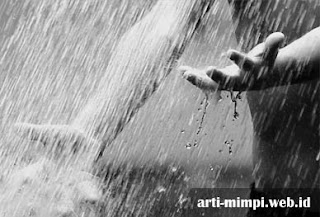 Pertanda Arti Mimpi Melihat Hujan
